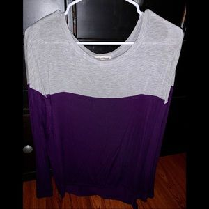 * zenana outfitters long sleeve color block top *